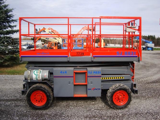 2006 SkyJack SJ8831-2