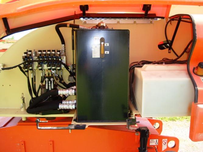 2007 JLG 400S-8