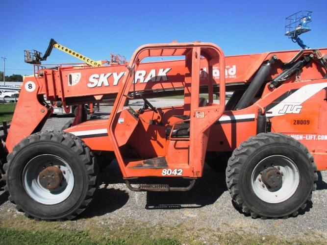 2007 SkyTrack 8042-3