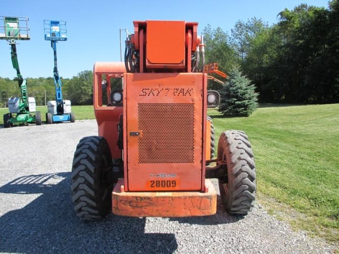 2007 SkyTrack 8042-5