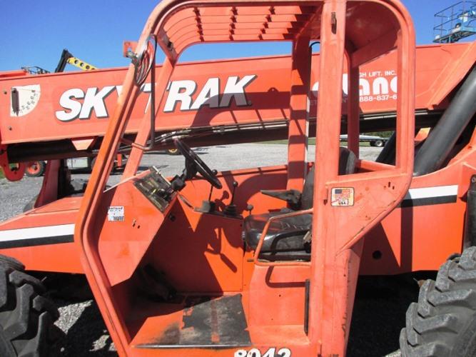 2007 SkyTrack 8042-8