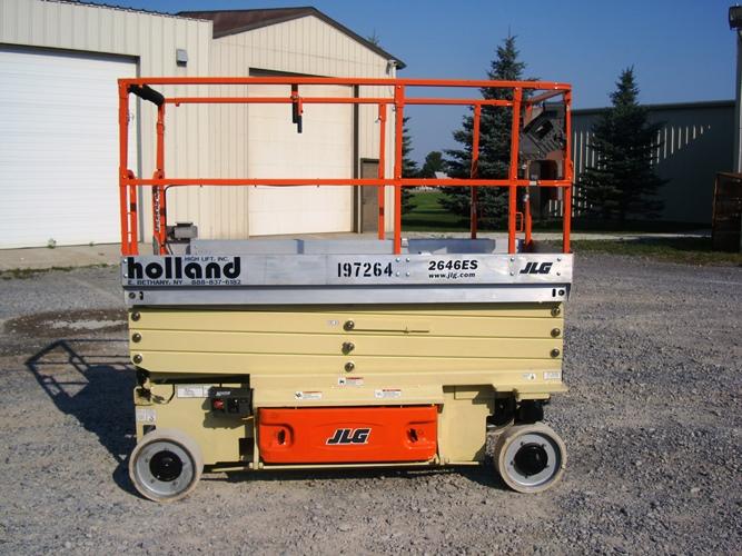 2010 JLG 2646ES-1