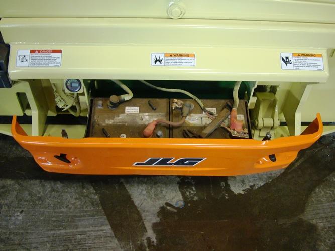 2011 JLG 3246ES-6