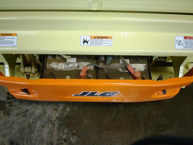 2011 JLG 3246ES-7