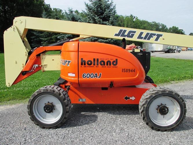 2012 JLG 600AJ-4