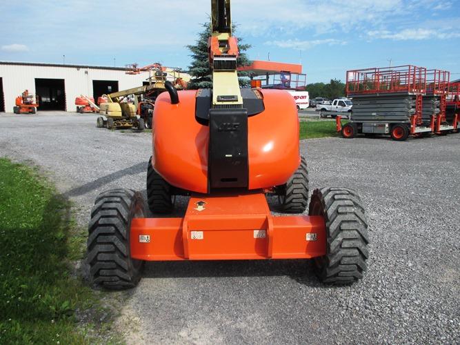 2012 JLG 600AJ-6