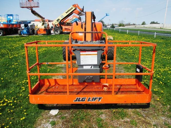 2014 JLG 600AJ-7