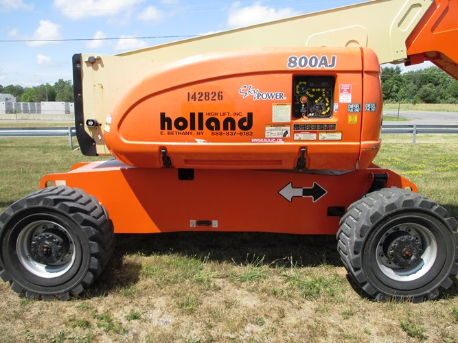 2010 JLG 800AJ-3