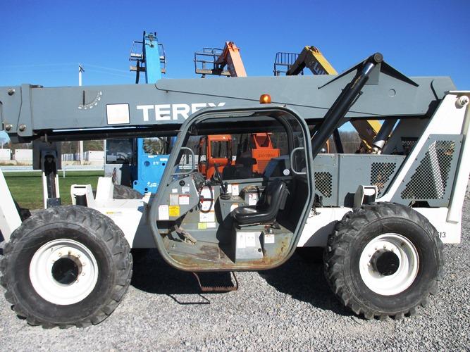 2005 Terex TH1056C-4