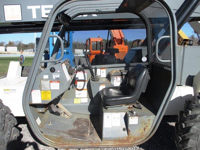 2005 Terex TH1056C-8