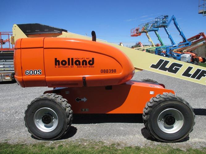 2005 JLG 600S-4