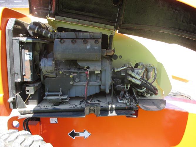 2005 JLG 600S-9