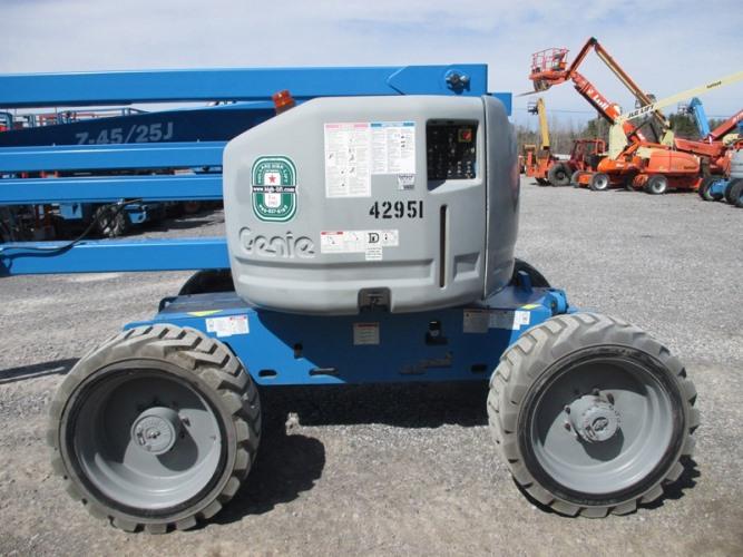 2012 GENIE Z45/25JRT-3