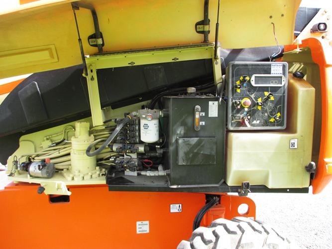 2007 JLG 600S-9