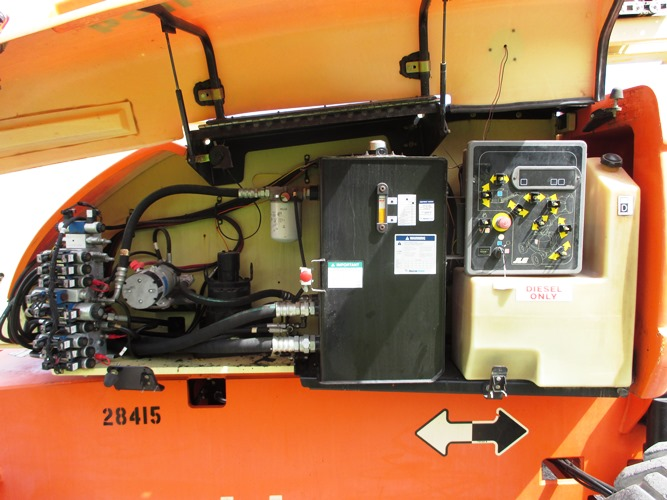 2008 JLG 800AJ-8