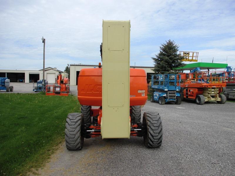 2014 JLG 800AJ-5