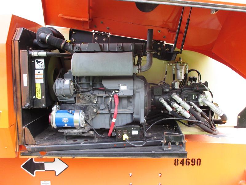 2014 JLG 800AJ-9
