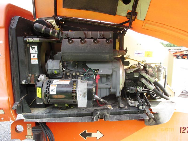2007 JLG 600S-8