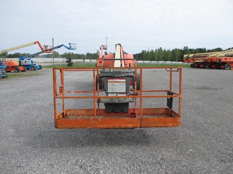2008 JLG 800S-7