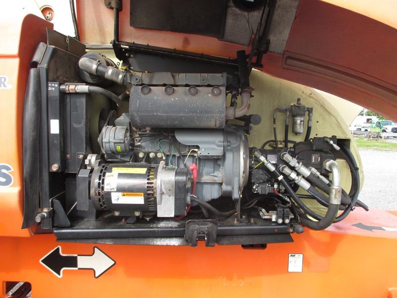 2008 JLG 800S-8
