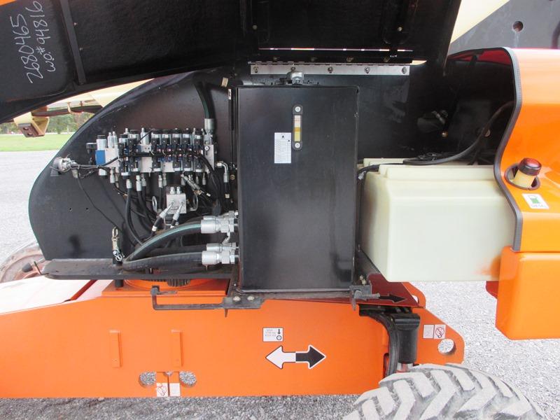 2012 JLG 460SJ-9