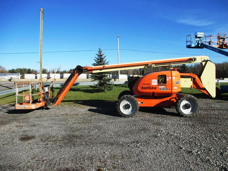 2012 JLG 600AJ-2