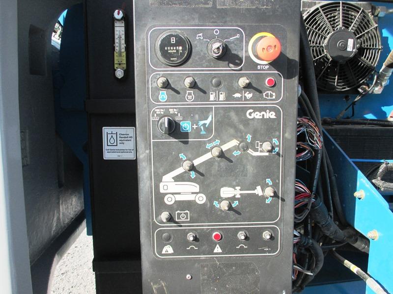 2011 GENIE S-60X-9