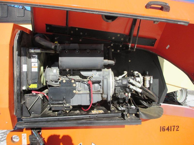2012 JLG 600S-11