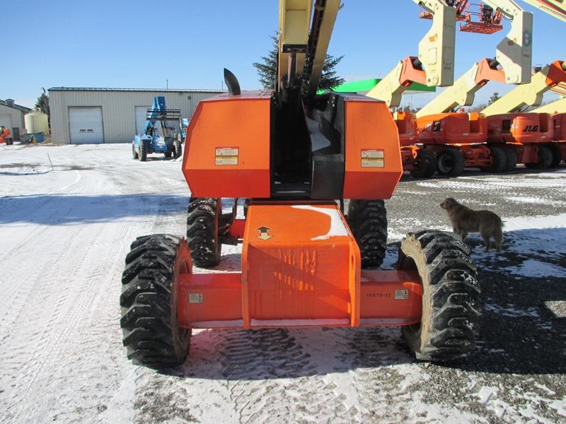 2012 JLG 600S-6