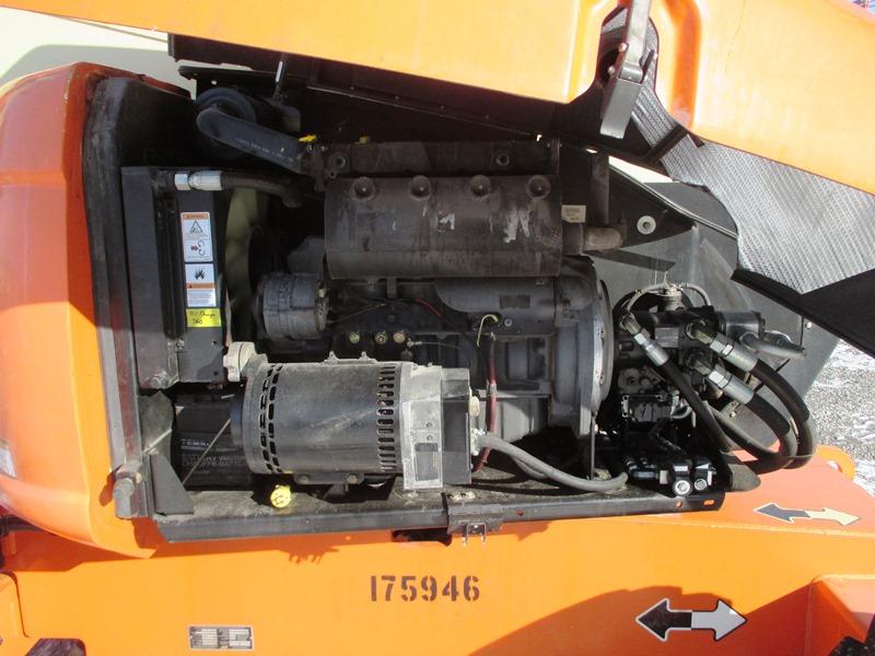 2013 JLG 600AJ-11