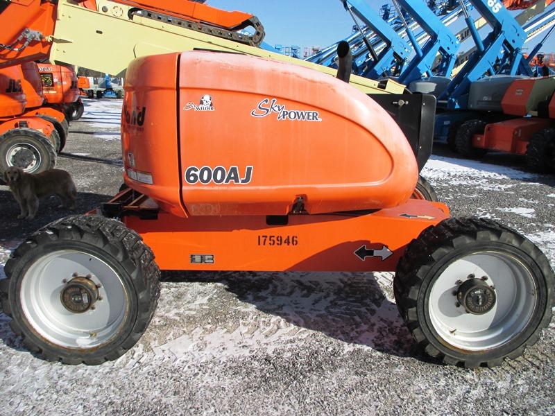 2013 JLG 600AJ-4