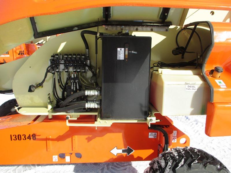 2008 JLG 400S-9