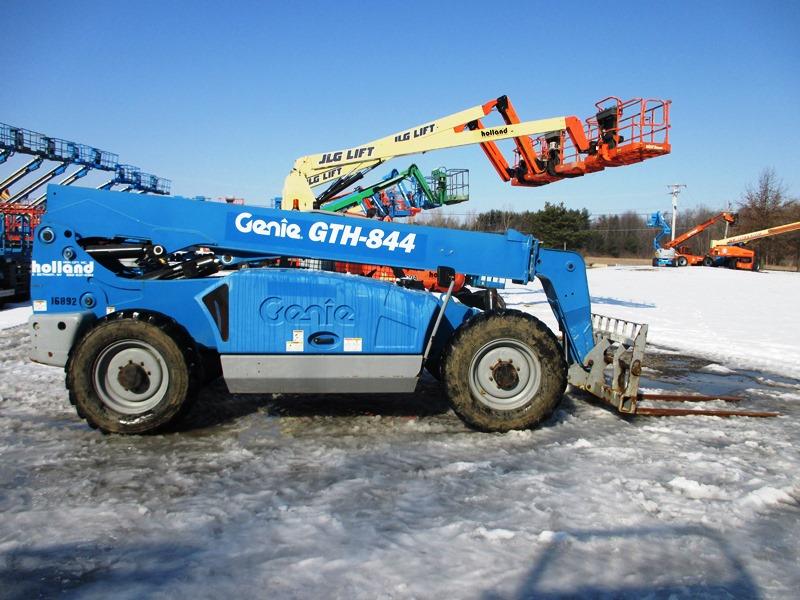 2013 GENIE GTH-844-2