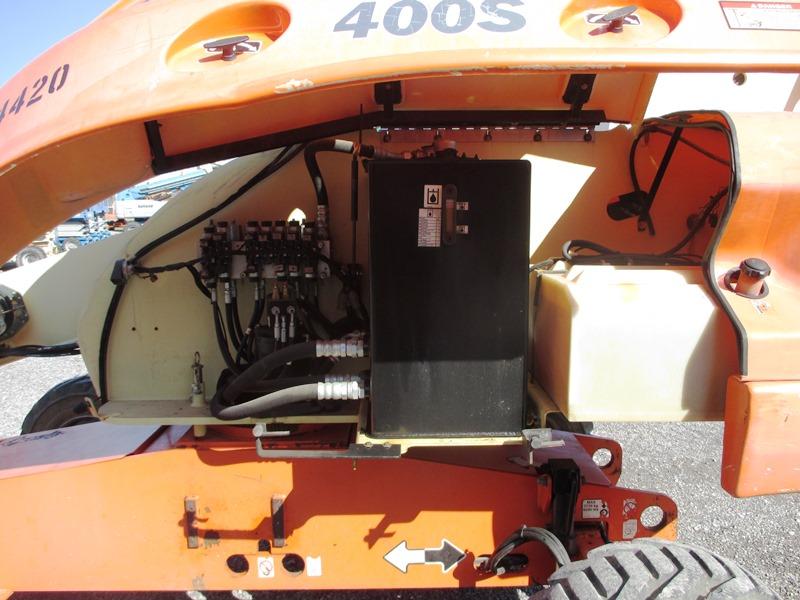 2007 JLG 400S-10