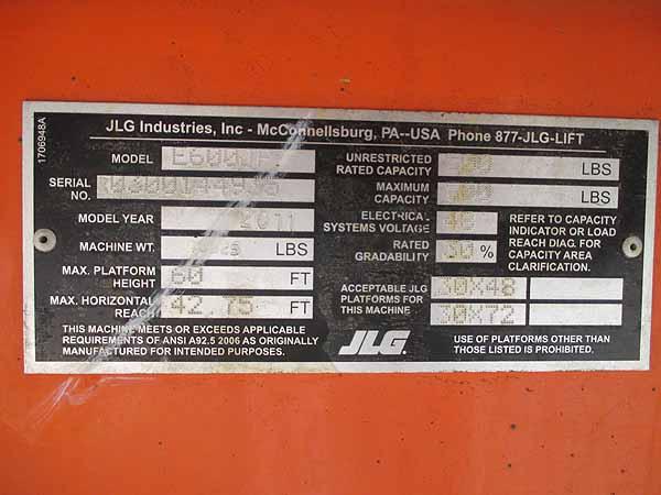 2011 JLG E600JP-11