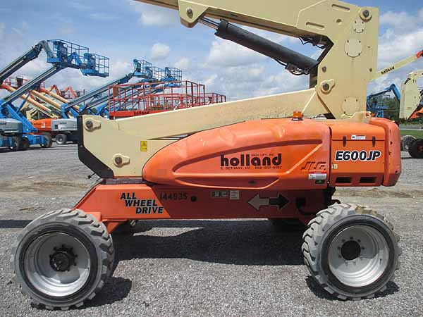 2011 JLG E600JP-4
