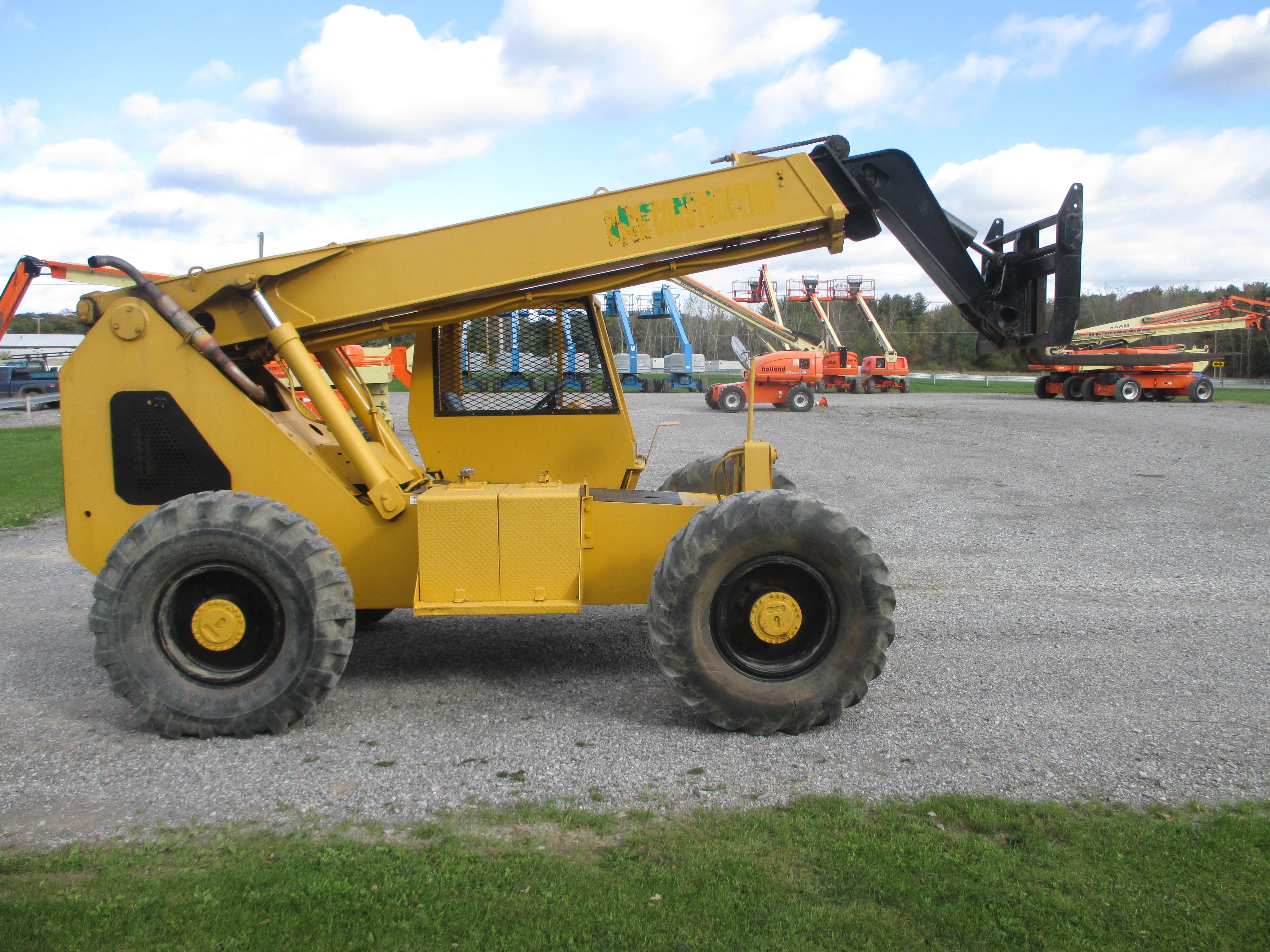 2000 Carelift 8040-3