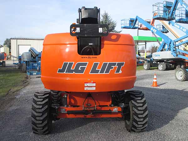 2017 JLG 600S-7