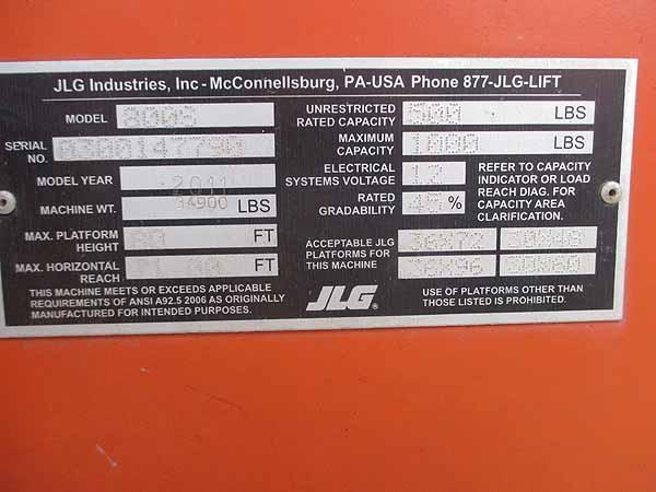 2011 JLG 800S-11