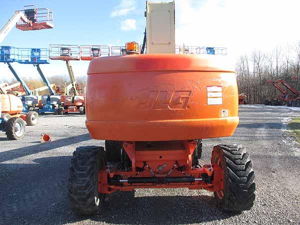 2011 JLG 800S-4