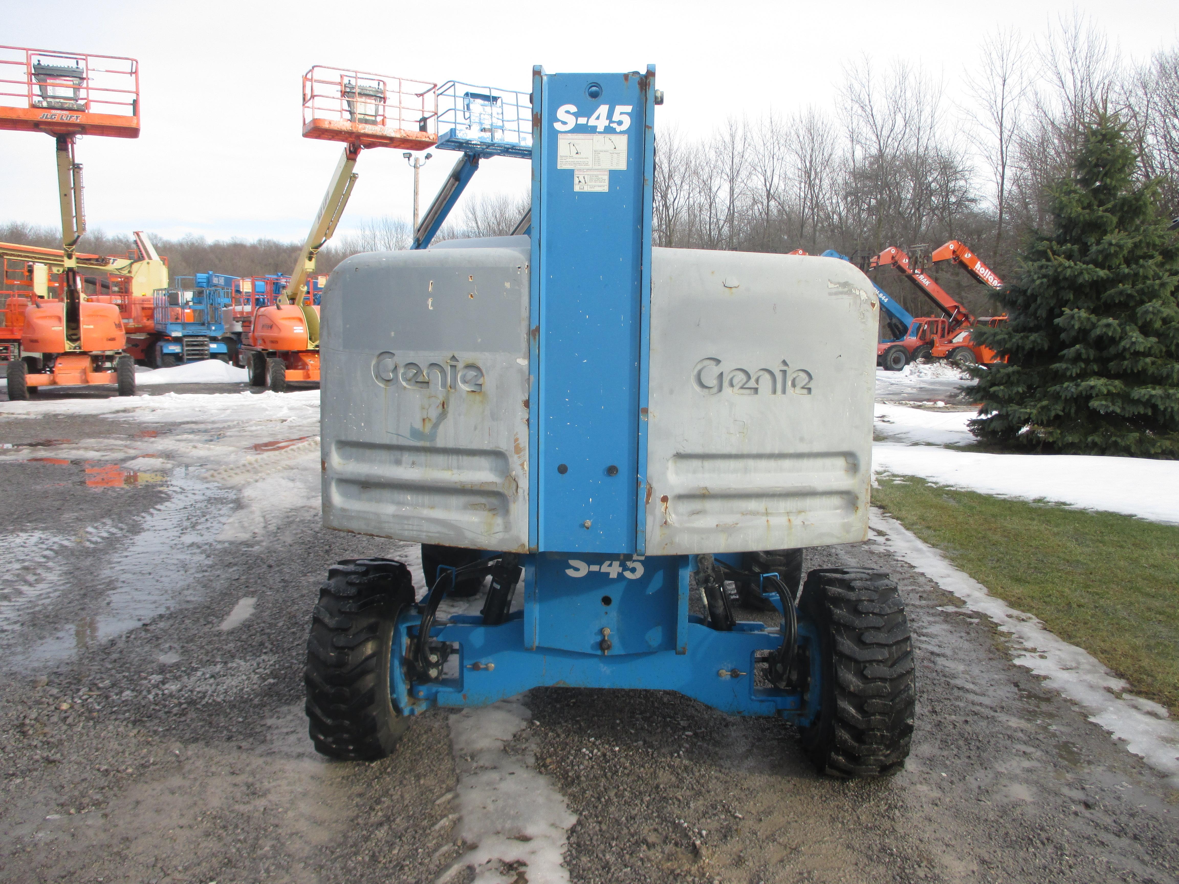 2011 Genie S45-5