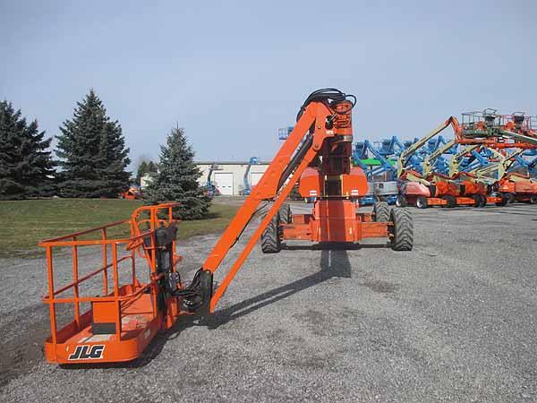 2011 JLG 1350SJP-7
