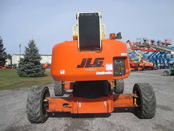 2011 JLG 1350SJP-8