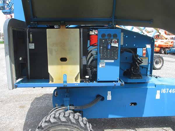 2012 Genie S45-8